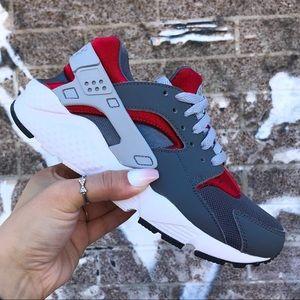 Nike Huarache Run Dark Grey Wolf Grey Gym Red